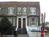1 bedroom Ground Flat to rent in High Road Leytonstone...