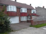 4 bedroom Detached property in Edwins Avenue South...