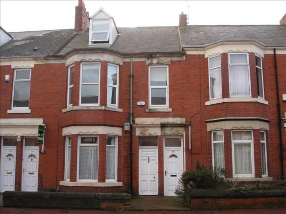 4 bedroom maisonette to rent in simonside terrace heaton 4 bedroom maisonette