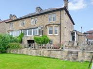 4 bed semi detached property for sale in North Bank...