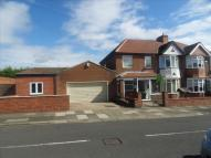 5 bed semi detached home in Lisle Grove, wallsend...
