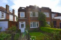 4 bedroom semi detached property in Abbots Gardens...