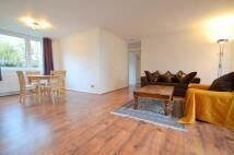 3 bedroom Flat in Noblefield Heights...