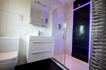 4 bed semi detached home to rent in Singleton Scarp...