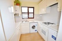 2 bedroom Flat in Brecon Court...