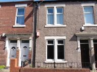 Flat to rent in Chirton West View...