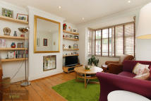 3 bed Flat in Edgeley Road, Clapham