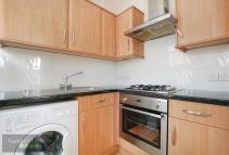 Coldharbour Flat to rent