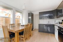 2 bed Flat to rent in Kingswood Road, Brixton