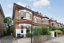 Flat for sale in Tierney Road, Brixton