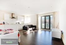 2 bedroom Flat to rent in Wynter Street...