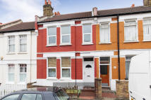 4 bed property for sale in Kingswood Road, Brixton