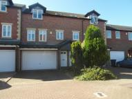 3 bed Town House in Guardians Court...
