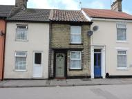1 bed Terraced home to rent in Park Road, Lowestoft