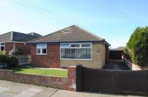 Detached Bungalow to rent in Hadleigh Drive, Lowestoft