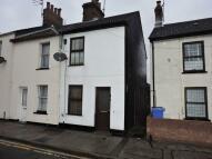 2 bed Terraced house in Bevan Street West...