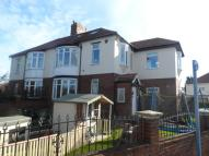 5 bed semi detached house in King George Road...