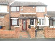 2 bed Terraced house in Drake Close...