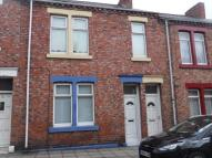 Flat to rent in Canterbury Street...