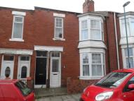 Flat to rent in Pembroke Terrace...