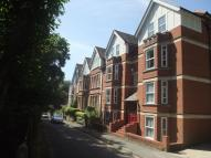 Flat to rent in Quarry Hill, St Leonards,