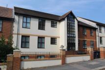 2 bedroom Flat to rent in Sycamores...