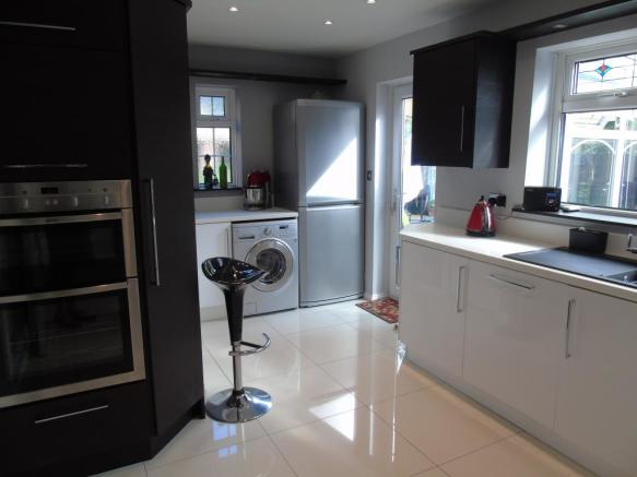 4 Bedroom Detached House For Sale In Green Park Hadrian Lodge Wallsend Tyne And Wear NE28 8UL