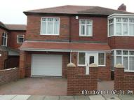 5 bed semi detached house in Wingrove Road North...