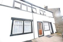 Cottage to rent in Edenfield Road, Rochdale