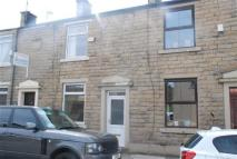 2 bedroom Terraced house to rent in Edenfield Road, Rochdale
