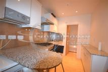 Flat to rent in Copperfield Street...