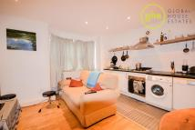 2 bed Apartment in Luxor Street, Brixton