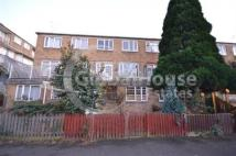 4 bedroom Flat in Lucy Way, Bermondsey