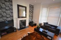 Flat to rent in Harleyford Road...