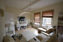 Flat to rent in Northcote Road, Battersea
