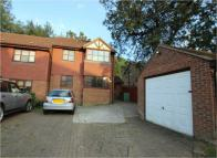 4 bedroom semi detached property for sale in Place Farm Avenue...