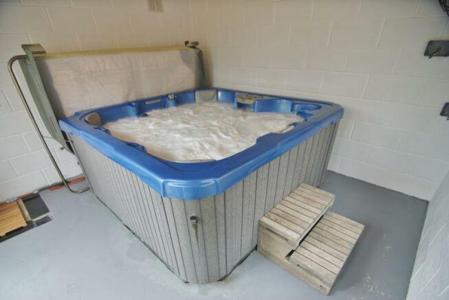 Hot Tub Room