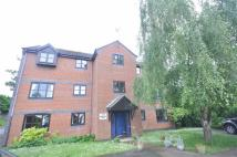 Apartment to rent in Stonehouse