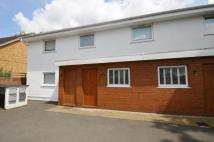 Apartment for sale in Roy Grove, Hampton, TW12