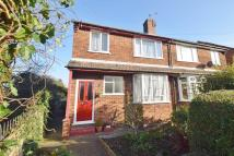 2 bedroom Maisonette to rent in Holly Road, Hampton Hill...