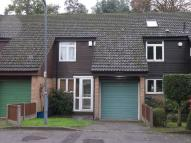 3 bed Terraced house to rent in Heatherwood Close...