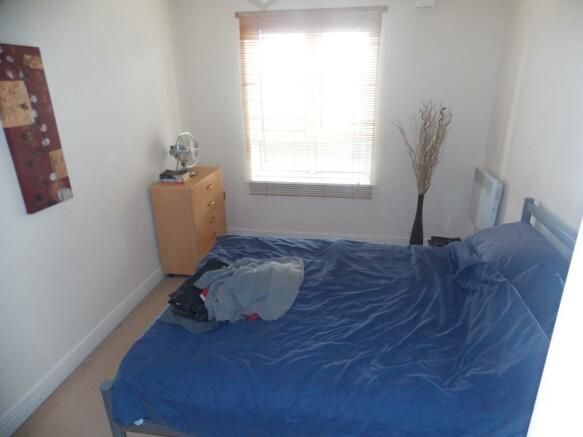 1169_4_granite_apartments_74_bed.jpg