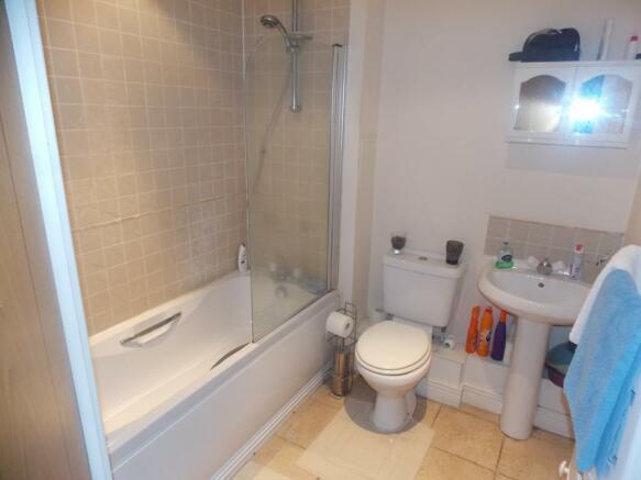 1169_6_granite apartments 74 bath.jpg