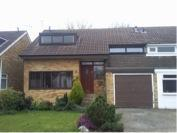 3 bedroom semi detached house to rent in Lincoln Rise