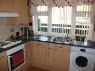 2 bed Flat in CHAFFINCH GREEN...