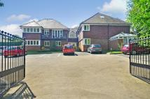 2 bed Flat to rent in Little Redbrooks...