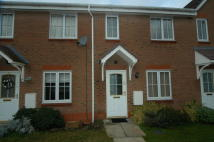 Town House in 34 Loxley Way, Brough...