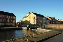 2 bed Apartment to rent in Ha'Penny Bridge Way...