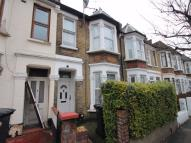 4 bed Terraced house in LEYTON