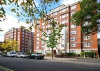 5 bedroom Apartment in Grove Hall Court...